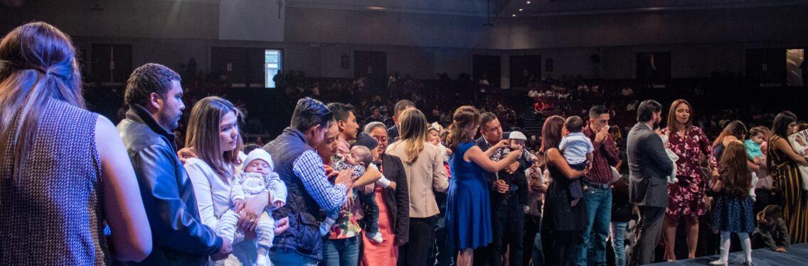 Más de 250 niños fueron presentados al Señor