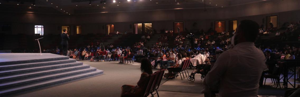 360 niños fueron presentados al Señor